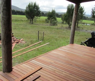 jarrah-feature-grade-decking-cropped